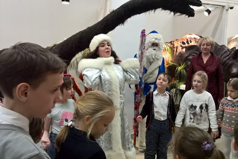 Выставка говорящих восковых фигур